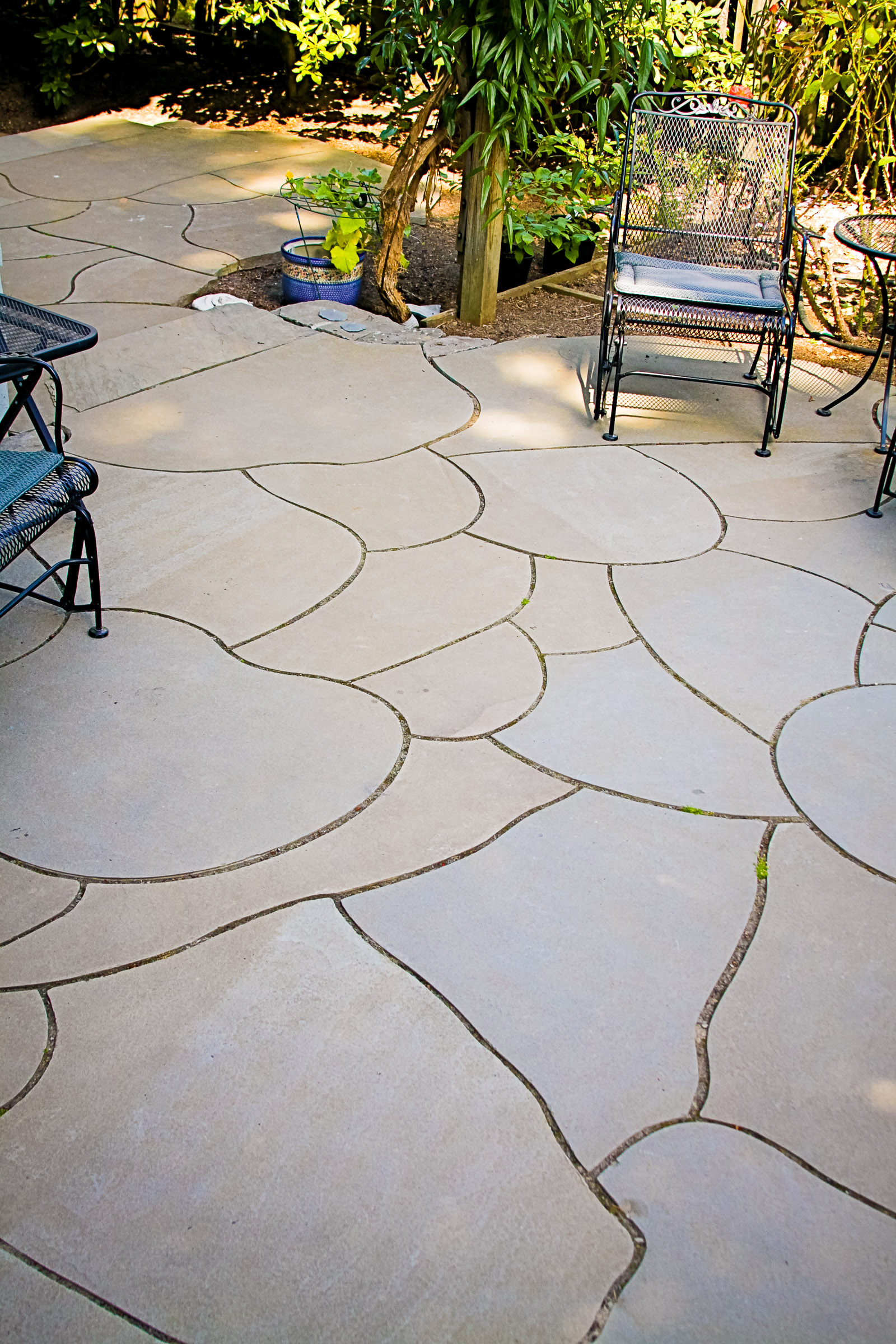 Eric Contey Stonework - Back yard patio detail